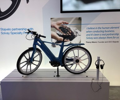 La primera e-bike de polímero del mundo está hecha de la nueva Xencor LFT PARA de Solvay