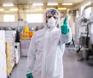Los plásticos tienen grandes posibilidades en aplicaciones de empaquey de la industria médica.