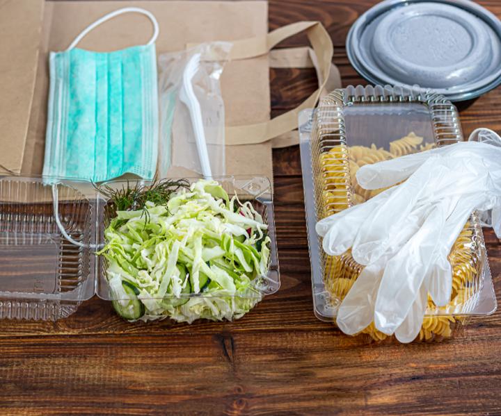 Los plásticos en aplicaciones de packaging se han establecido como fundamentales. La seguridad alimentaria requiere la protección de alimentos tanto frescos como preparados.