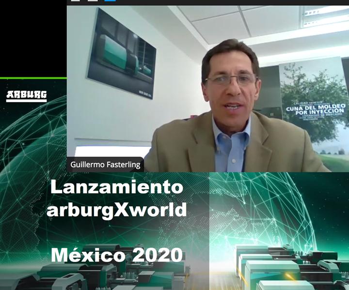 Guillermo Fasterling, director general de Arburg México, durante la presentación de arburgXworld.