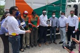 Carvajal Empaques entrega EPP a servicios de limpieza en México