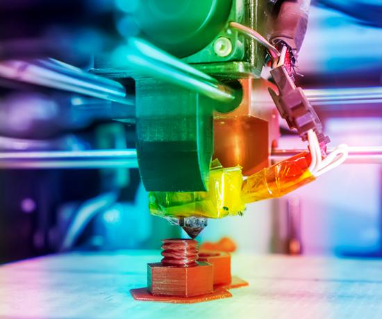 Los investigadores lograron desarrollar un método para fortalecer la adhesión entre capas de una pieza de plástico impresa en 3D.