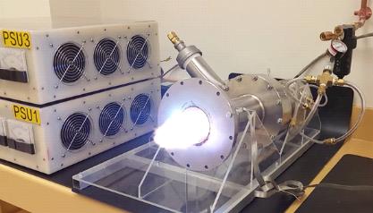Figura 2. Plasma producido en una antorcha de plasma de un sistema para gasificación de plásticos a presión atmosférica.