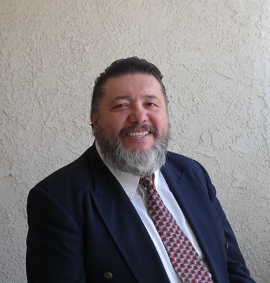 José Flores, representante de manufactura de Progressive Components