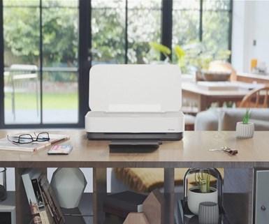 La impresora HP Tango Terra está fabricada con un 30% de plástico reciclado y utiliza cartuchos con 48-73% de contenido reciclado, que incluyen plásticos del océano.