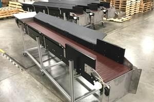 Banda de transporte para máquinas de moldeo por soplado, de Dynamic Conveyor.