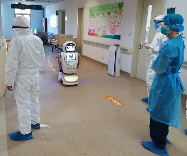 La robótica, el Big Data y las tecnologías están ayudando a combatir el coronavirus image