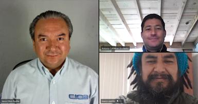 El maestro Jesús Olivo, el doctor Antonio Cárdenas y el doctor Marco Castillo, del CIQA, compartieron su visión sobre el potencial de los plásticos en la agricultura.