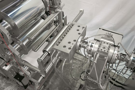 twin-screw extrusion lamination system