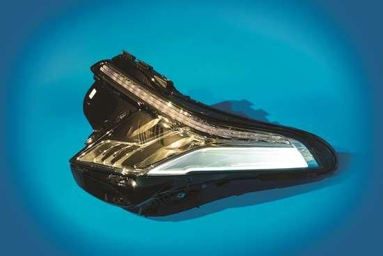 GM Cadillac Headlamp Light
