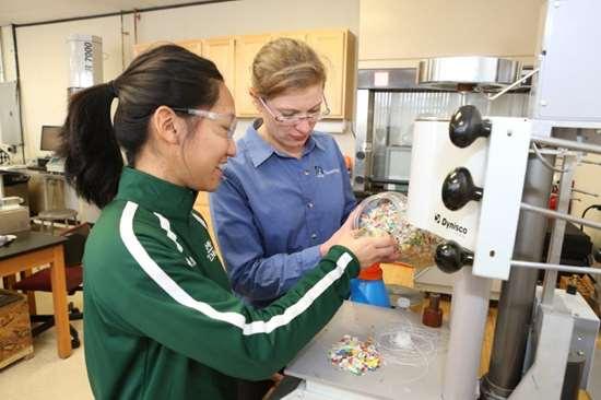 UMass Lowell Plastics Engineering Department laboratory