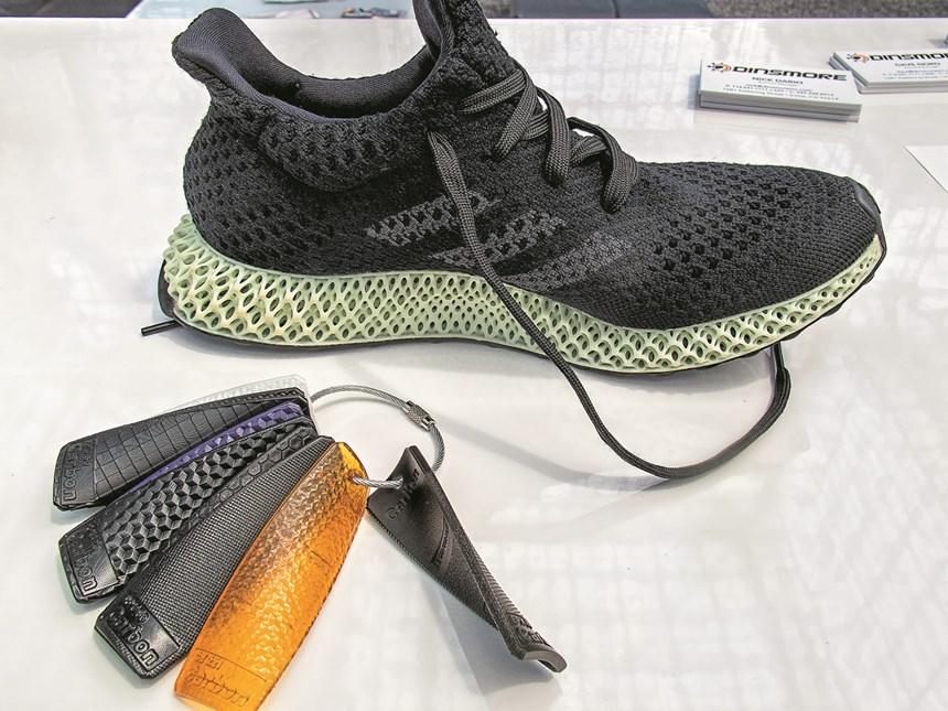 Carbon3D CLIP Futurecraft 4D running shoes Adidas