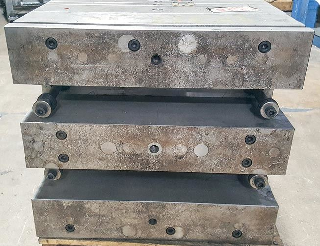 injection mold spacer block