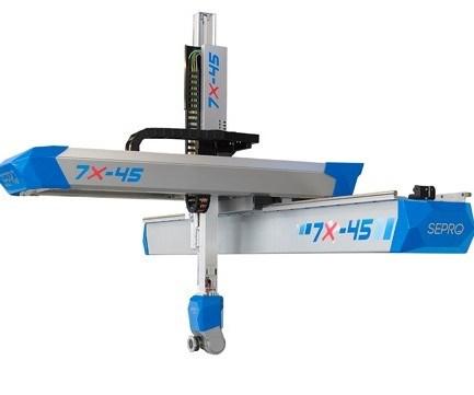 Sepro 7X-45 injection molding robot