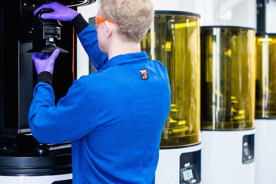 Carbon CLIP 3D Printing