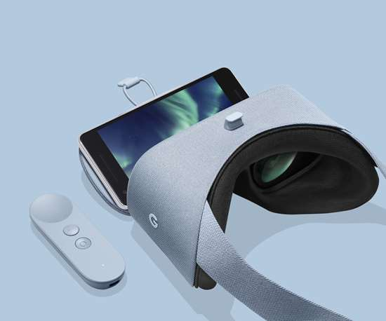 Google's IDEA Award-winning Daydream View headset and motion controller.