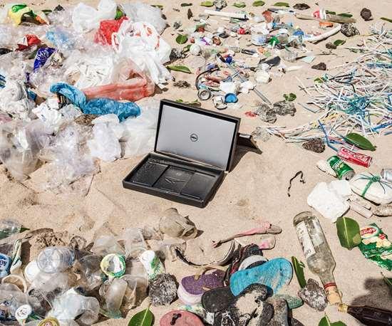 Dell ocean plastic packaging
