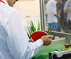 Negri Bossi molds a ping pong bat of PBT, TPU and LSR at NPE2018