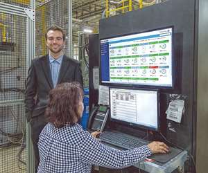 Lead person in Axiom's molding plant uses Smart Attend.
