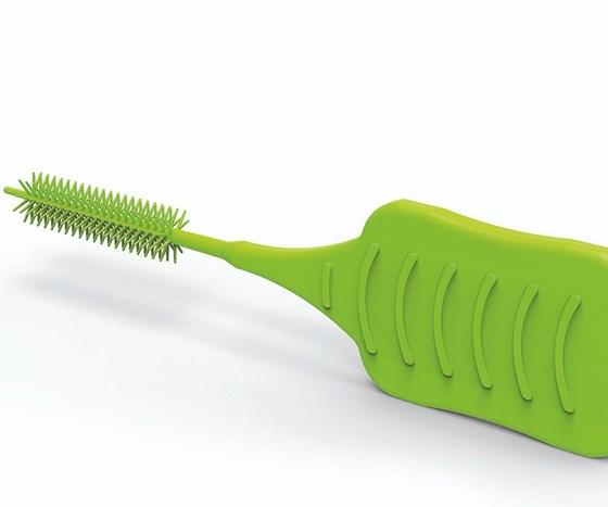 Engel molds interdental brushes.