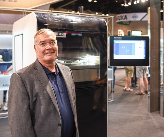 Rick Shaffer with Arburg freeformer at NPE2018.