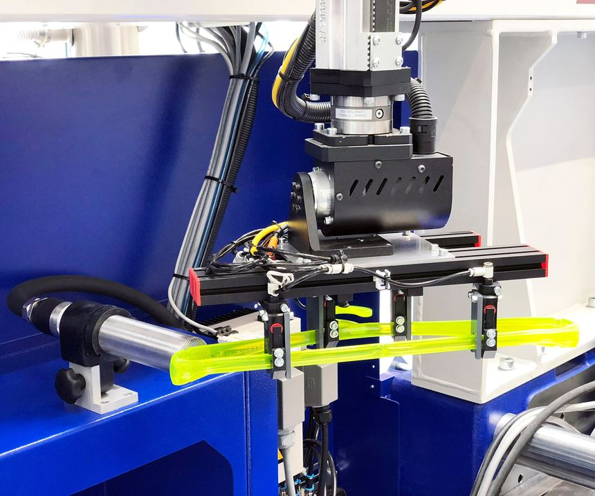 Wittmann Battenfeld demonstrated individualized production with injection molding and inkjet printing