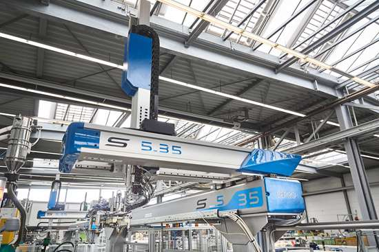 The largest of the three robots in the system, the Sepro S5-35 performs the main automation functions