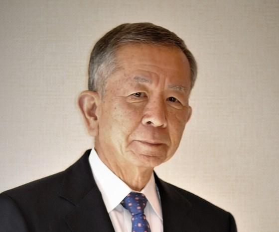 Hideo Tanaka helped lift Toshiba Machine Co. in the plastics machinery industry.