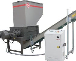 Image of high volume plastics shredder and control panel
