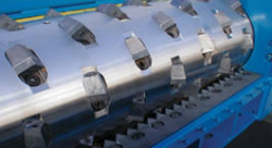Cumberland single shaft shredder rotor configuration