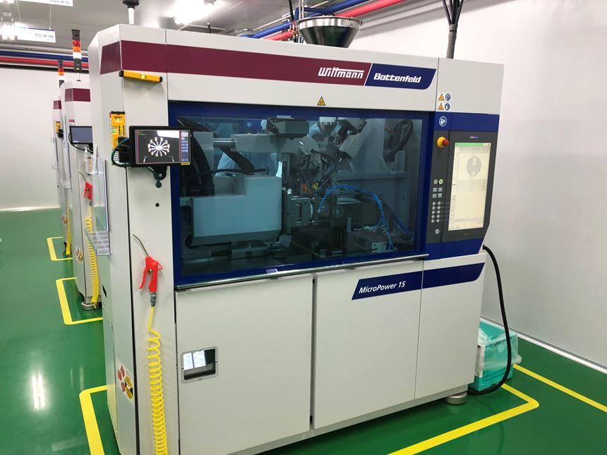 Wittmann Battenfeld MicroPower machines at Yonwoo.