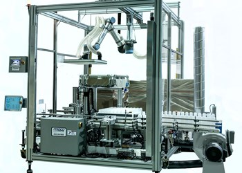 Proco layflat bottle packing system with collaborative robot.