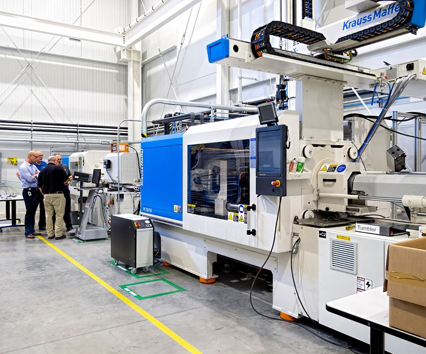 Besides manufacturing, the new building includes a training area with three KraussMaffei injection presses, two of them all-electric.