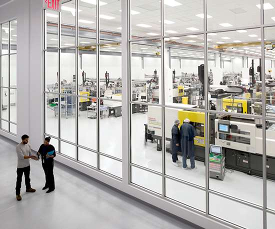 23,000 ft2  medical cleanroom at SMC Ltd. in Devens, Mass.