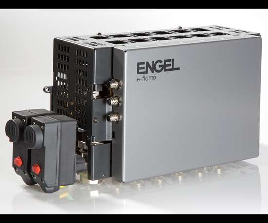 Engel's e-flomo now has automatic mold blow-out sequencing for mold changes.