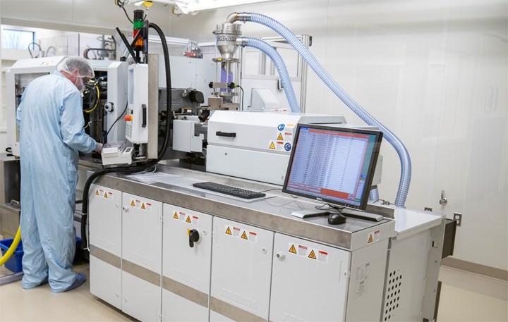 Plastikos Medical ISO 7 Cleanroom