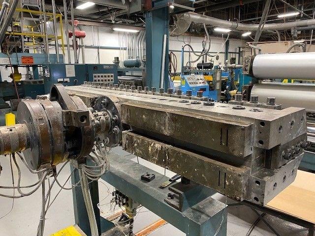 Insulation Blankets for Plastics Processing Machines