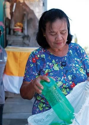 Plastic Bank, SC Johnson Partnership Keeping Bottles from Oceans