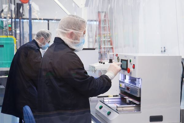 ERP Platform Keeps Molders Connected in the Pandemic image
