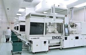 Engel Cleanroom Image