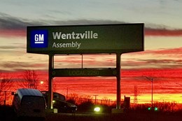 GM Pickup Plant Cuts 3rd Shift Due to COVID Concerns