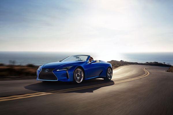 2021 Lexus LC 500 Convertible image