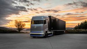 Mercedes Readies Fuel Cell Truck