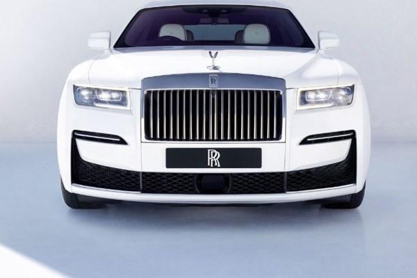 Next-Gen Rolls-Royce Ghost Takes Shape