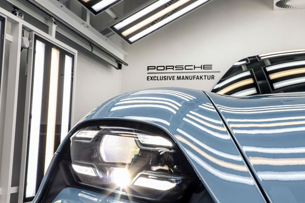 Porsche Offers Special Manufacture Mods for the Taycan image
