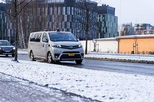 挪威冬季图像的自动车辆