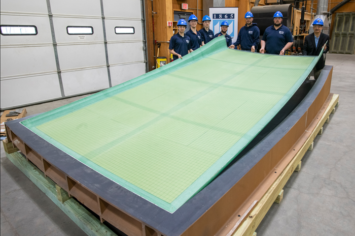 boat hull section printed with bio-based composite combining wood fiber and biopolymer