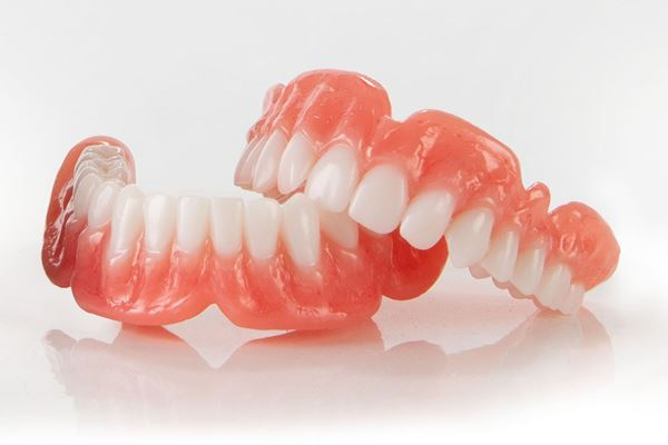 Desktop Health Receives FDA Clearance for Flexcera 3D Printed Dentures image