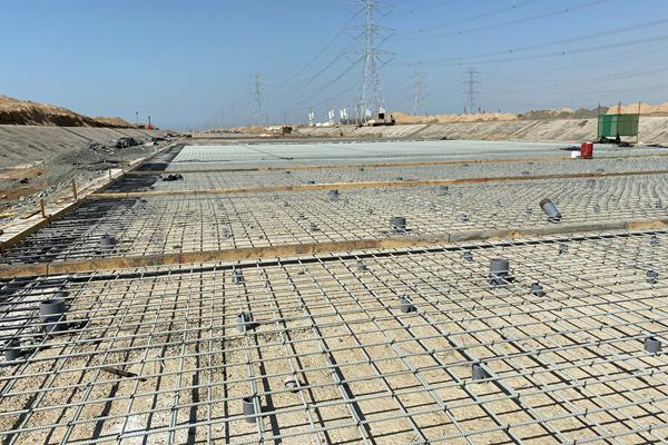 未来基础设施图像的复合钢筋