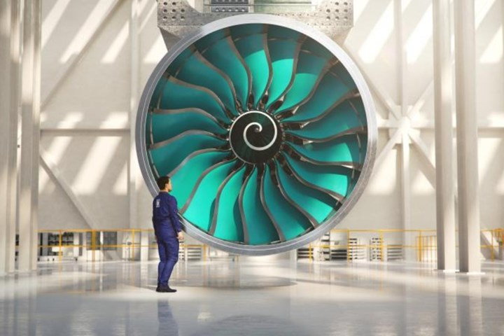 Airbus Ultrafan using composite fan blades and fan cases